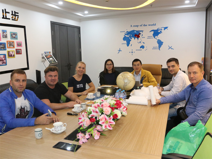 Warmly welcome Polish plastic pelletizing customers to visit and inspect